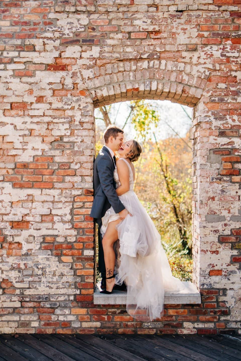 Knoxville Wedding Photographer, Derek Halkett Photography is based in Knoxville and works throughout east Tennessee. Derek is a licensed Smoky Mountain Photographer and specializes in Engagement and Wedding Photography. Contact him to book your Wedding or Engagement session today!